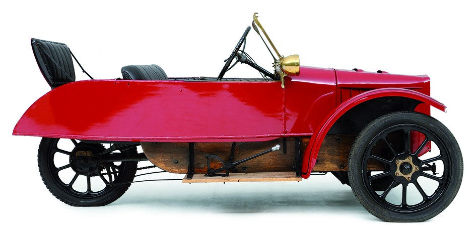 LSD Family Model 1923. This car is on display at the  Louwman Museum in the Netherlands.